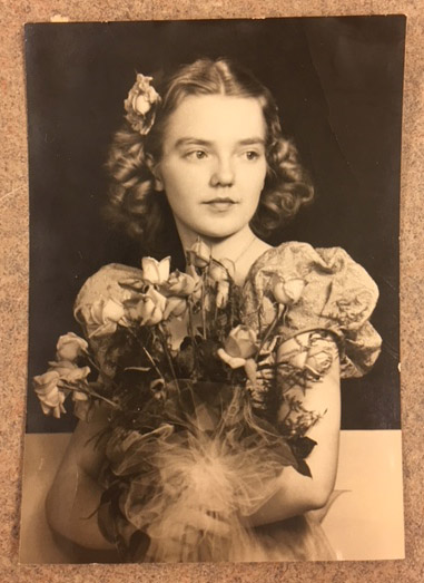 Jean Norsman 1940 prom picture